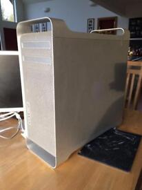 """Mac Pro 3.1 (8 core) and 20"""" Cinema Display (with power pack)"""