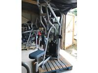 Matrix Commercial Seated Row Back Machine - Weights Gym