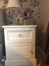 Hand painted antique cream bedroom furniture set!