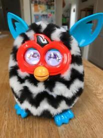 Furby Boom - black and white zigzag pattern