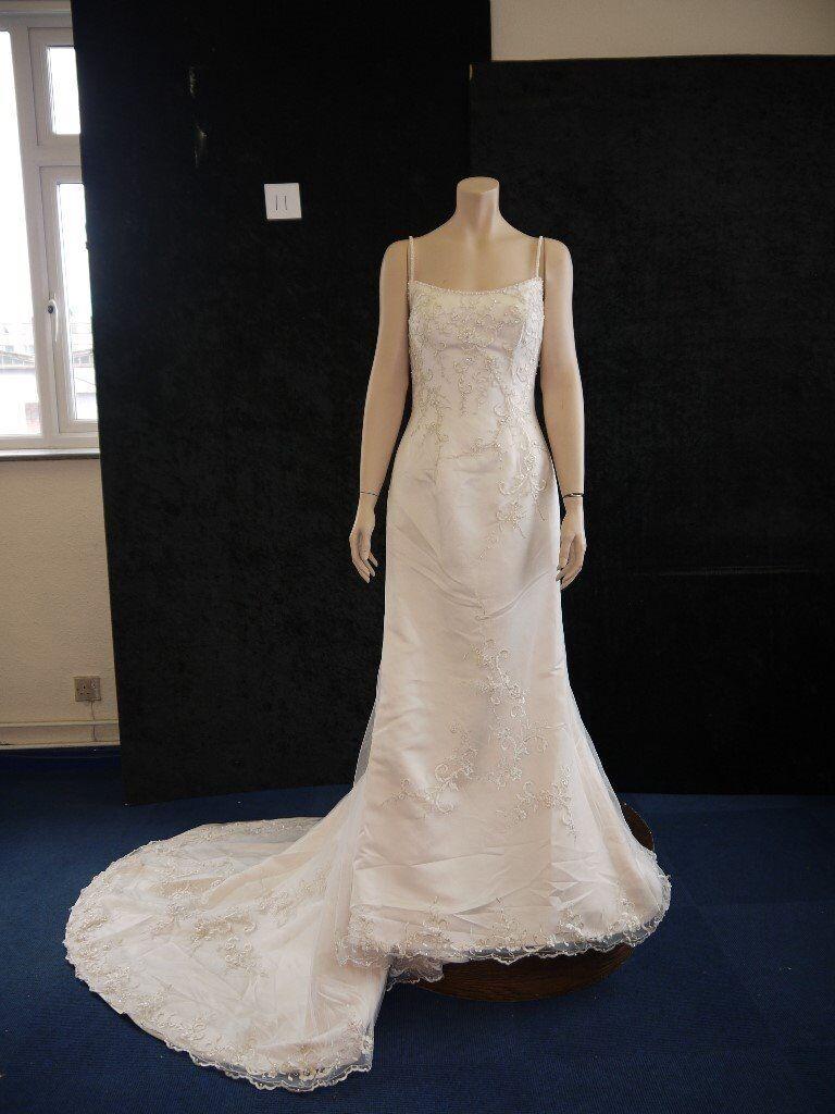 BRIDAL JOB LOT-- WEDDING DRESSES /MOTHER OF THE BRIDE/ BRIDESMAID ...