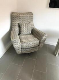 Brand new retro style swivel chair