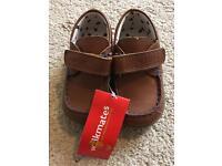 Unused walkmates toddler shoes size 6