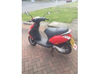 Selling My Piaggio zip 50 2T moped/scooter