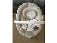 Silver cloud counting sheep baby bouncer chair