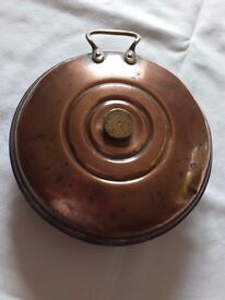 Antique copper foot / bed warmer