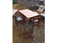G plan table amd chairs
