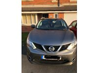 2015 Automatic Nissan Qashqai - Grey. Only 27000 miles