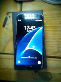 Samsung galaxy S7, as new condition with VR headset