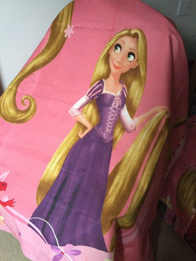 Pair of Girls Frozen Tab Top Curtains