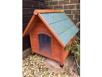 Dog kennel and winter insulation