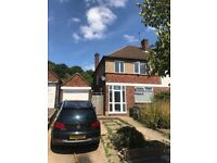 Lovely family house in Mill hill quiet road great schools Northern Line tube station
