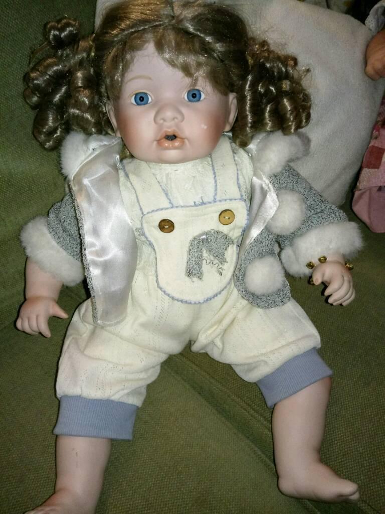 Doll ceramic new good size £8
