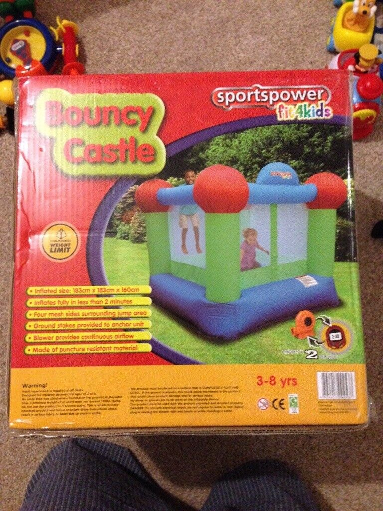 Kids small boucey castle