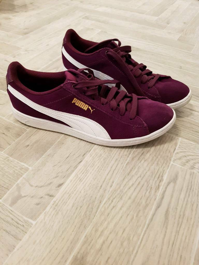 be6bc337bbf0 Ladies Puma Trainers Size 8