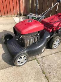 Mountfield self propelled petrol mower grasscutter