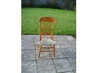 Dining Room Chairs x 4 really nice but need some repair