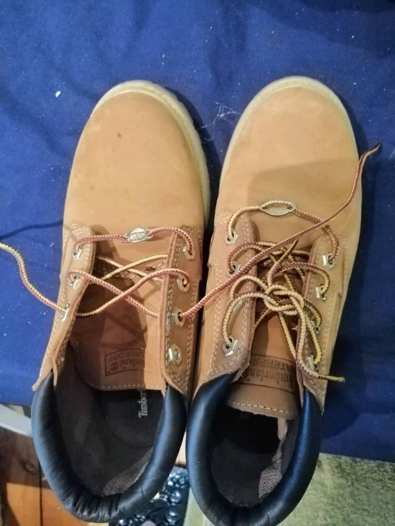 Womens Timberland boots size 6  41e612b0b