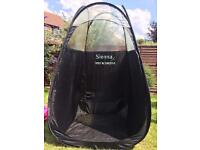 Sienna x spray tan tent