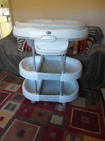 Brevi Acqua baby changing & bath station