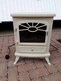 Cream electric stove from B&Q.