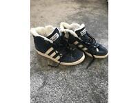 Adidas Originals Snow Trainers Size 8