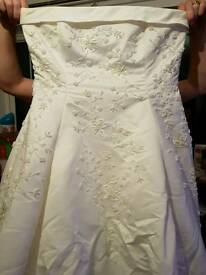 Alfred Angelo wedding dress size 18