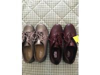 2 pairs hotter shoes