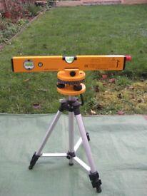 B&Q 400 mm Laser Level Kit for ONLY £10.00