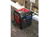 Honda EU70is petrol inverter generator - near mint condition & long runtime!