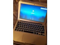 Apple Macbook air 11 inch 2015