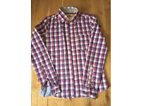 Hollister men's casual shirt in size small, checked