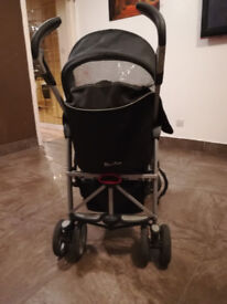 Siver Cross Pram in good condition and with car seat