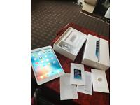 """Apple iPad mini 7.9"""" first generation pearl white 16GB WiFi only boxed good condition no offers"""