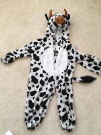 Cow's costume - age 4 (ish)