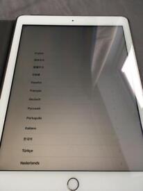 iPad 32gb gold wifi