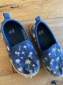 Infant 7/8 H&M espadrilles