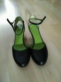 Helena bajo Camper shoes - size 37
