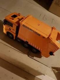 Toy bin lorry