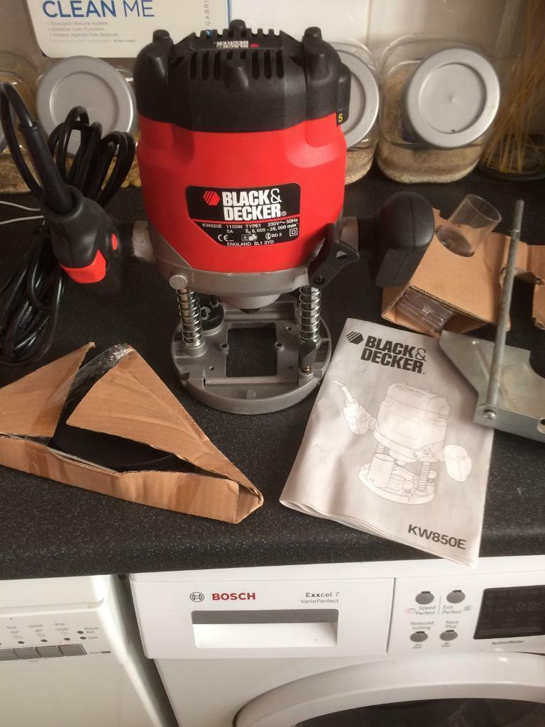 Brand New Black N Decker Router 850e Boxed With Instructions