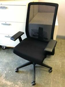 Ergonomic Office Chair - Haworth Very - $250