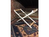 Moses basket stand brand new