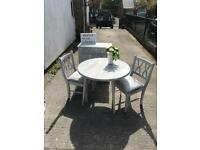 Beauticul shabby chic effect dini g table and 2 chairs