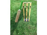 Slazenger Spring return Cricket Stumps and bat
