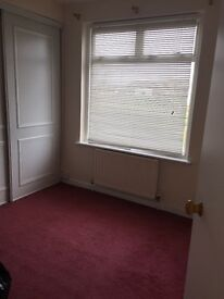 Large double Room with built in wardrobes, portchester