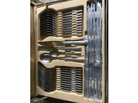 Besteckkoffer 72-piece Stainless Steel Canteen Cutlery Set in luxury case (brand new)