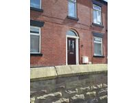 Studio Flat Close to Town centre, Suit single working person over 25 yrs old