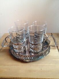 Set of 4 tot glasses with tray