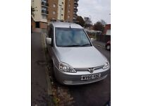 2010 Vauxhall combo, Mot till april 94k miles roof rack and shelving plylined back