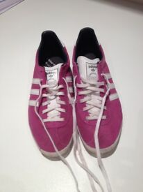 Womens Gazelle Adidas trainers in size uk 6